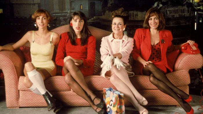 """Кадр из фильма П. Альмодовара """"Женщины на грани нервного срыва"""""""