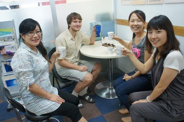 Чаепитие с носителями языка