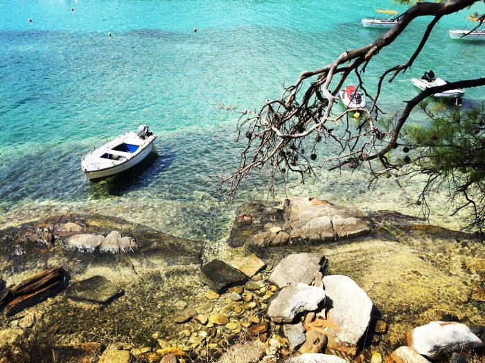 Прогулка на лодке вокруг острова