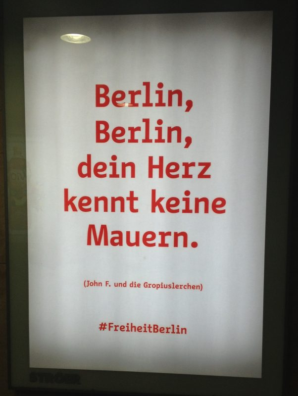 Вывеска в Берлине