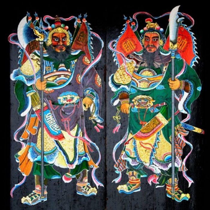 Изображение парных духов хранителей ворот