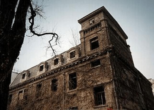 Дом с привидениями в Пекине
