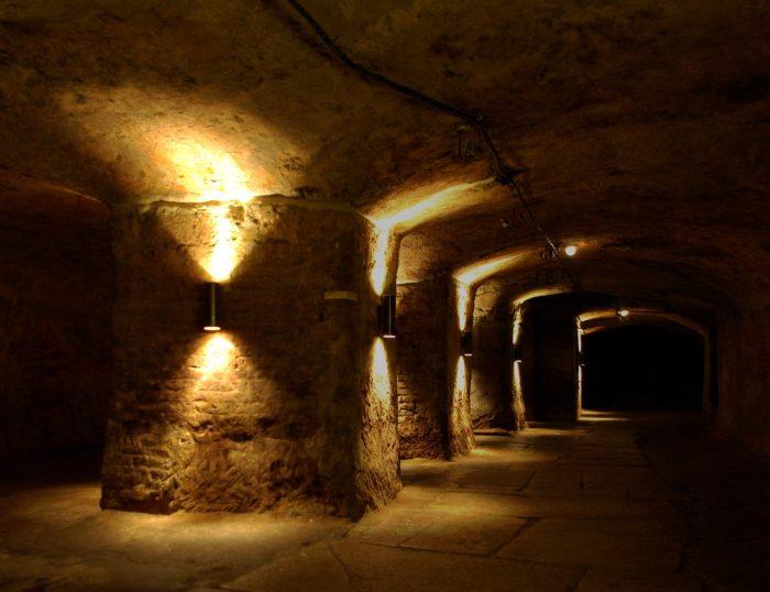Один из залов в катакомбах