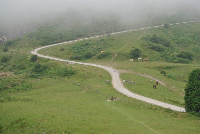 По дороге к вершине Анбото. Как можно видеть, Мари вернулась домой