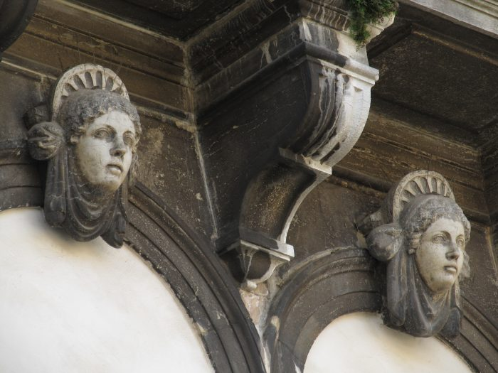 Головы. Венеция